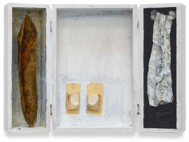 o.T., 2005, Objekt-Klappkasten, 40 x 30 x 6 cm